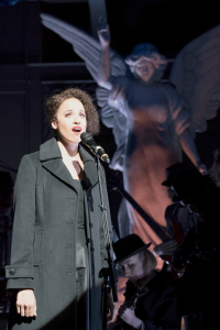 Love's Labor's Lost singer from Oregon Shakespeare Festival